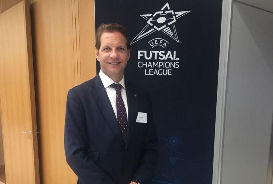 Luis Amado, embajador del club en el sorteo de la Champions League