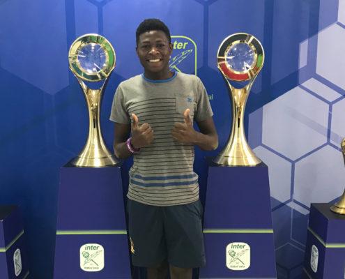 Un juvenil del Automotive Futsal Academy de Zambia ha trabajado durante una semana con el filial